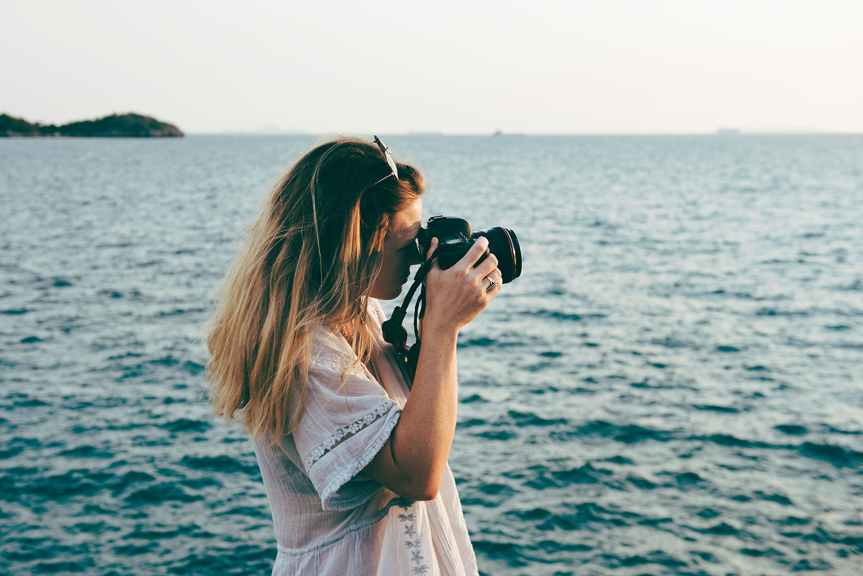 9 iPhone Wallpapers For People Who Need More Vitamin Sea